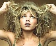 modèle-femme-cheveux-ternes